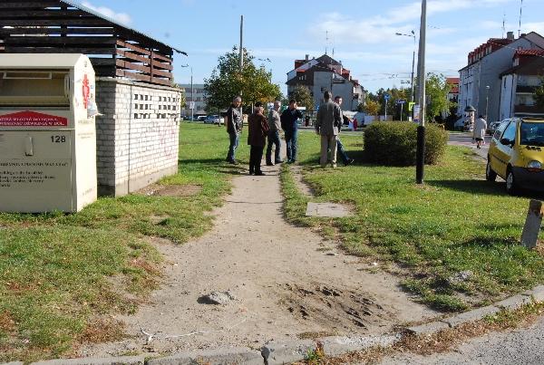 Brak chodnika przy ul. Paprykowej